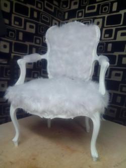 fauteuil cabriolet fourrure blanc
