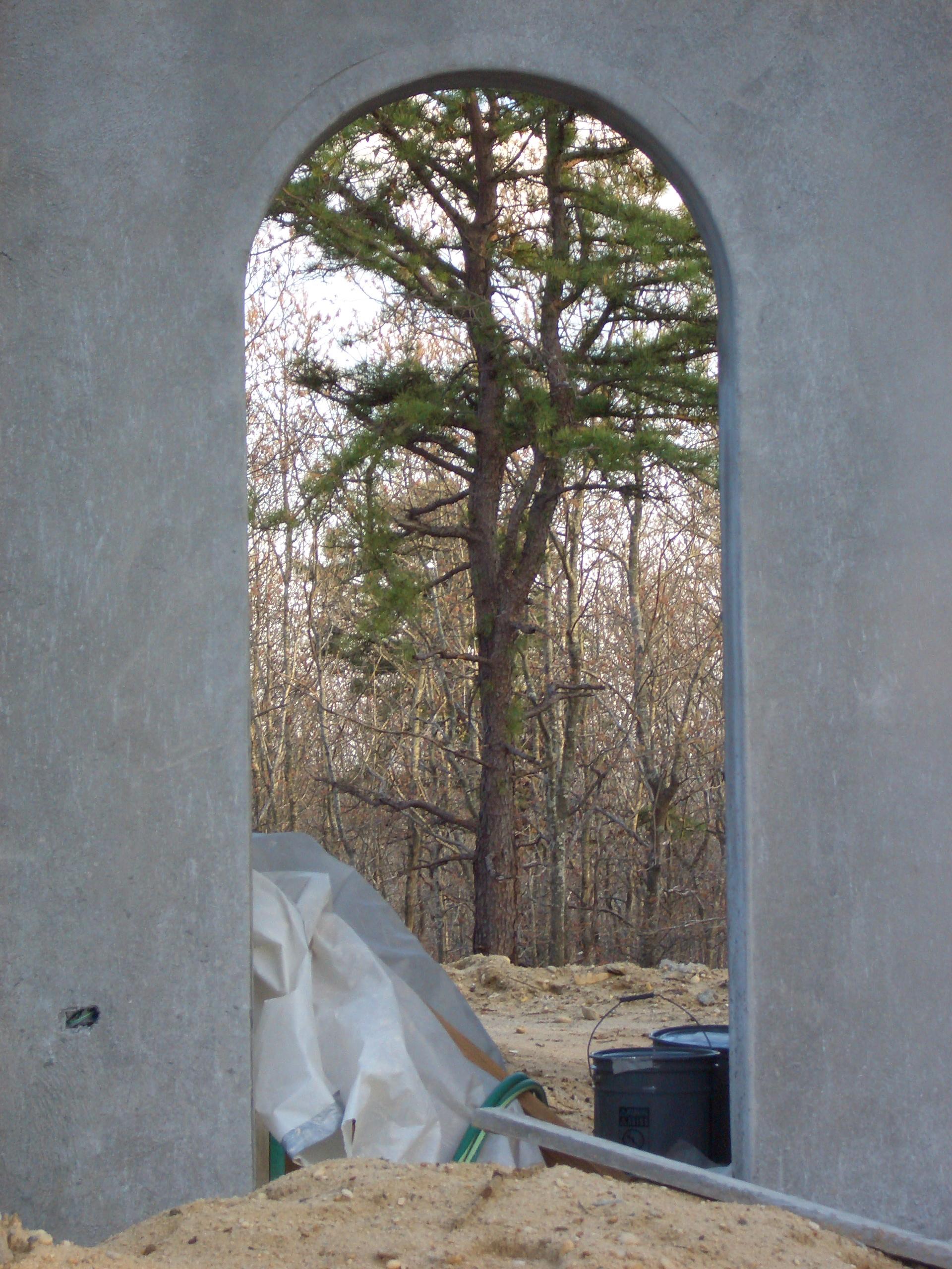 Dragon  - arch way w: tree.jpg