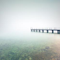 Пирс в тумане