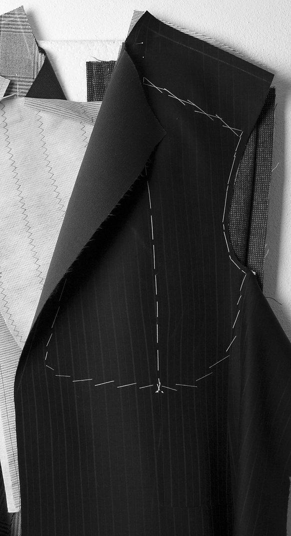 Image: Tailor made suit, uniformes de servicio, chaquetas, pantalones, delantales.