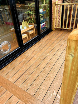 Composite deck in Hertfordshire