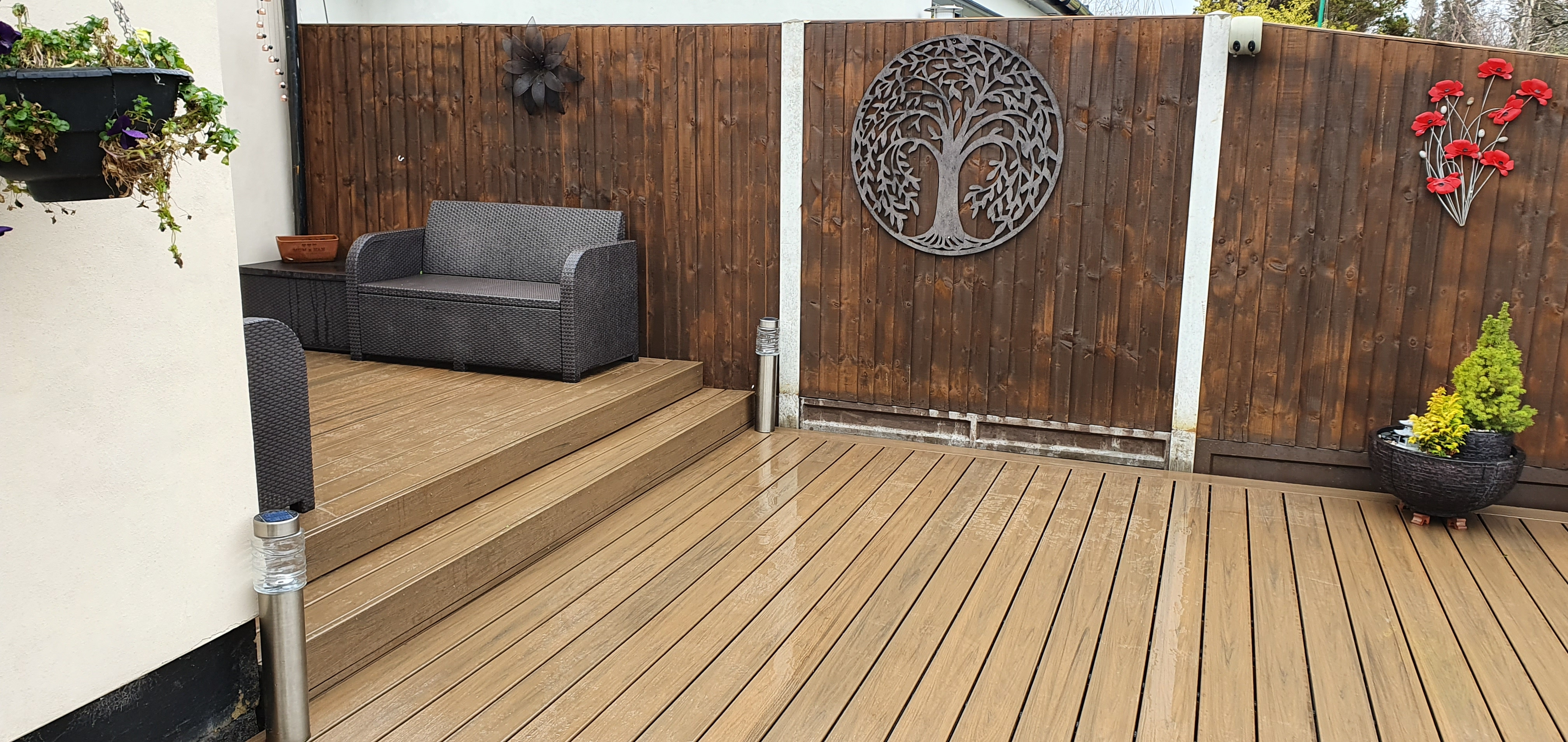 Split level composite decking
