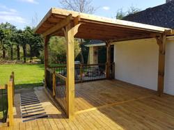Hard roof pergola