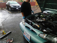 mobile mechanic nick replacing radiator in rolling meadows