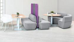 Conjunto de sillones con mesas redondas