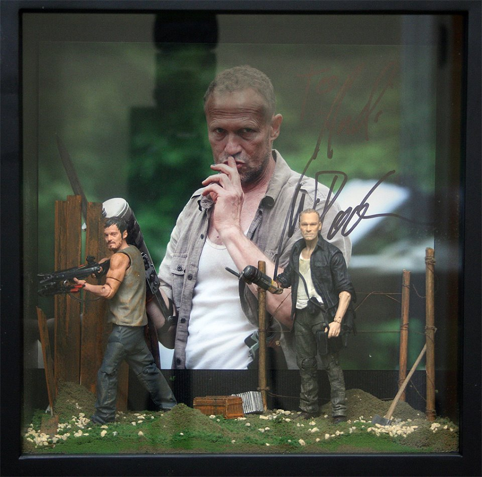 Michael Rooker Signed print diorama