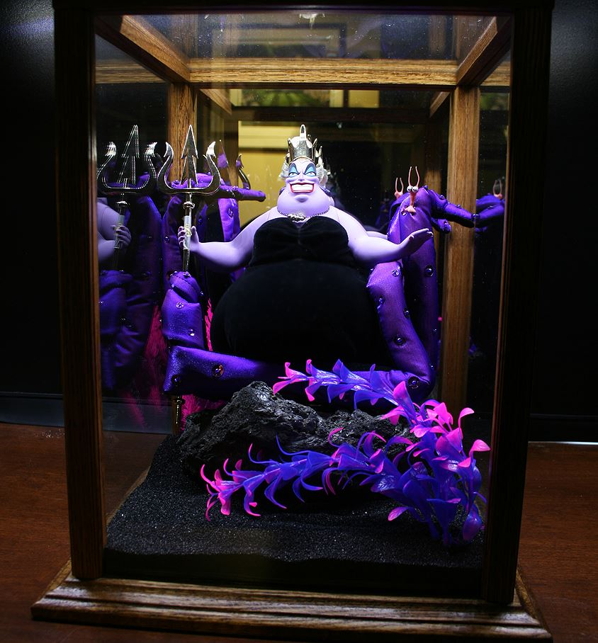 Ursula display