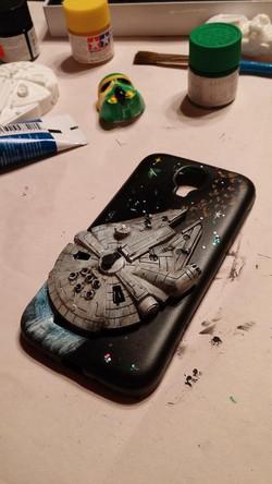 Millenium Falcon cell phone case