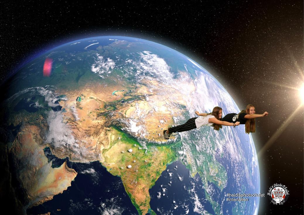 Teenager Geburtstagsparty - fly to space nur bei Heidi's Photo Chalet Interlaken