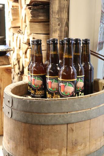Beer tasting at Heidi's Photo Chalet.JPG