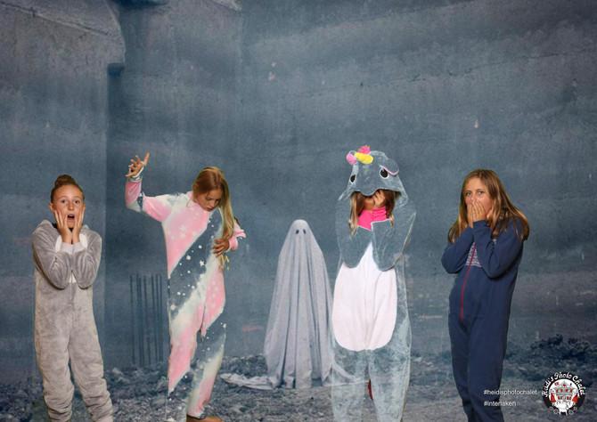 Ohh hilfe ein Geist! Heidi's Photo Chalet ist ein garantierter Spass-Faktor!