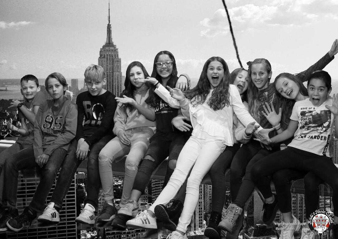 Hoch über den Dächern von New York - bei Heidi's Photo Chalet in Interlaken
