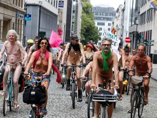 """Naaktfietsers in Brussel, """"deze keer zullen we wél opgemerkt worden"""""""