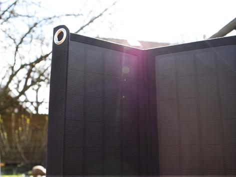 RAVPower Solarladegerät - Smartphone powered by Sun