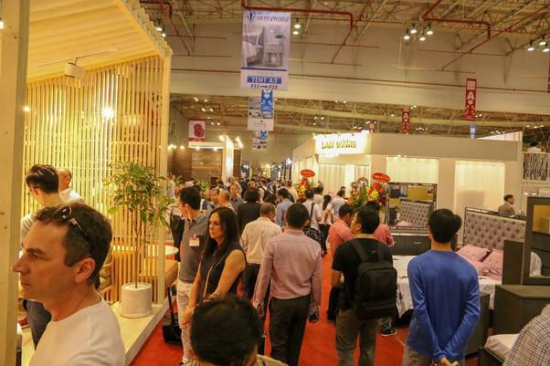 Vietnam-furniture-fair-2018-26.jpg