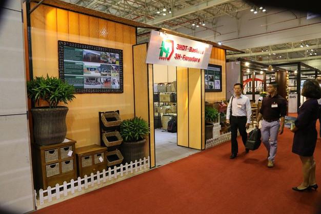 Vietnam-furniture-fair-2018-42.jpg