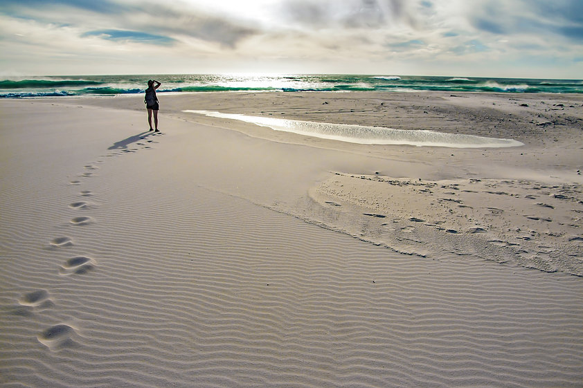beach-4200034_1920.jpg