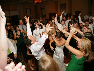 10 Ways to Make Sure Your Dance Floor is Packed