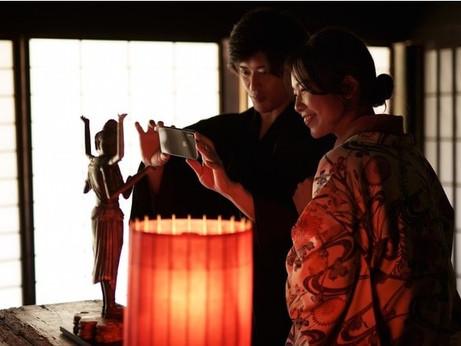 京都・祇園「観て、触れて、撮る ミニチュア 光の仏像展。」入場無料の展覧会を開催