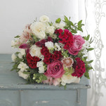 風水のラッキーカラーに合わせた季節の花と開運メッセージが毎月届く! 「花の定期便7回(花器付き)&風水と花の開運セミナー」が募集開始!