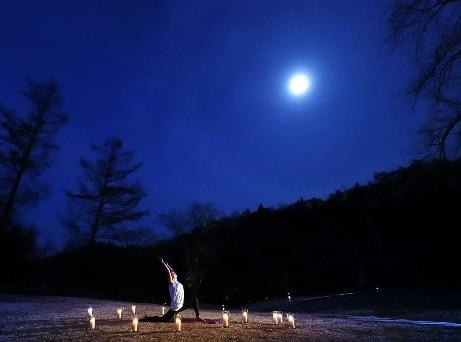 星野温泉 トンボの湯「月暦(つきこよみ)ヨガ」を開催「星野温泉 トンボの湯」×ヨガブランド「suria(スリア)」コラボレーション企画日程:2019年9月7日、13日、20日、28日