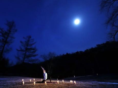 【星野温泉 トンボの湯】「月暦(つきこよみ)ヨガ」を開催|日程:2020年8月29日、9月5日、12日、18日