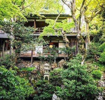 京都で1200年続く柳谷観音  春のイベント『新緑ウイーク』4/28~開催  人気のオリジナル押し花朱印を限定授与、寺宝特別展も同時開催