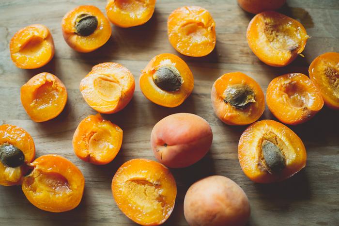 Fresh-apricot-bars-700-1.jpg