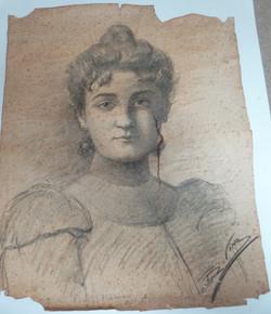 Portrait tâché avec déchirures