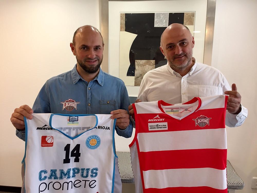 Nacho Arbués (técnico del LBC Cocinas.com) y Luis Birigay (CD Promete) firman la colaboración entre clubes