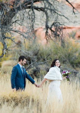 Alyssia_Jared_red_rock_canyon_wedding_el