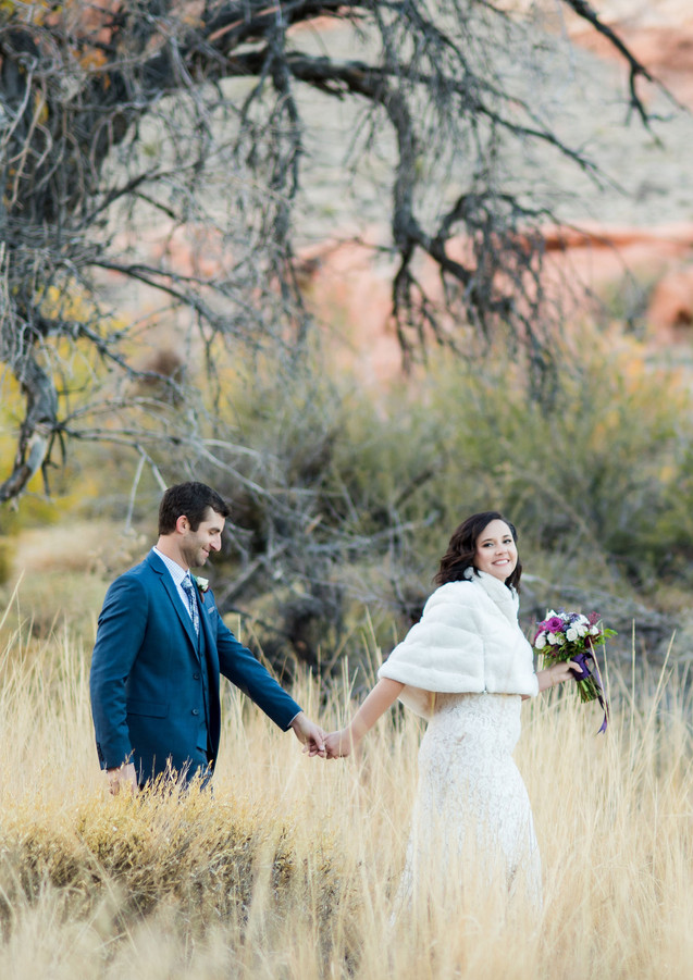 Alyssia_Jared_red_rock_canyon_wedding_el
