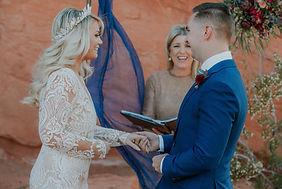 ValleyofFirewedding_elopement_cactusandl