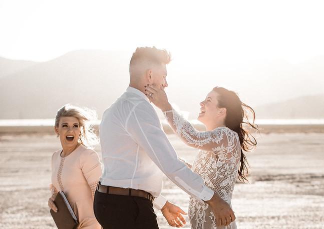 Brodie-las-vegas-elope-wedding-boho-dry-