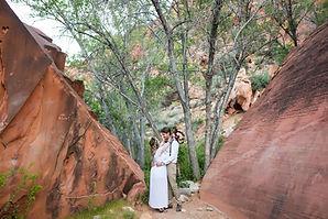 RED-ROCK-CANYON-WEDDING-ELOPEMENT-LAS-VE