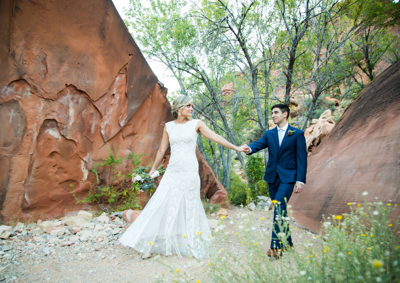 MichelleAndMatt_AshSprings_Red_Rock_Cany