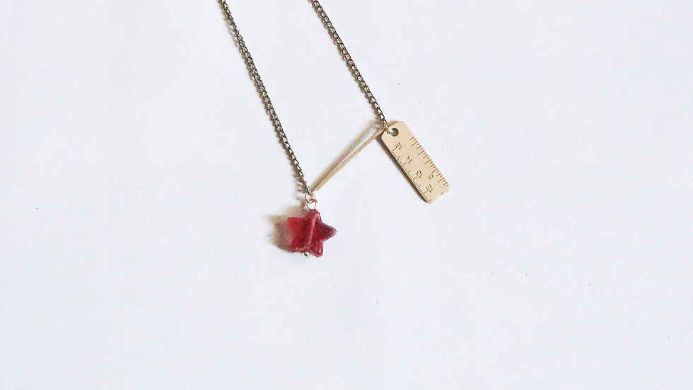 PINK STAR + SCALE CHARM CHAIN