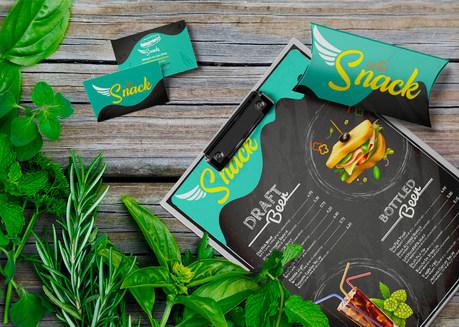 Identidade visual para Lanchonete Santo Snack