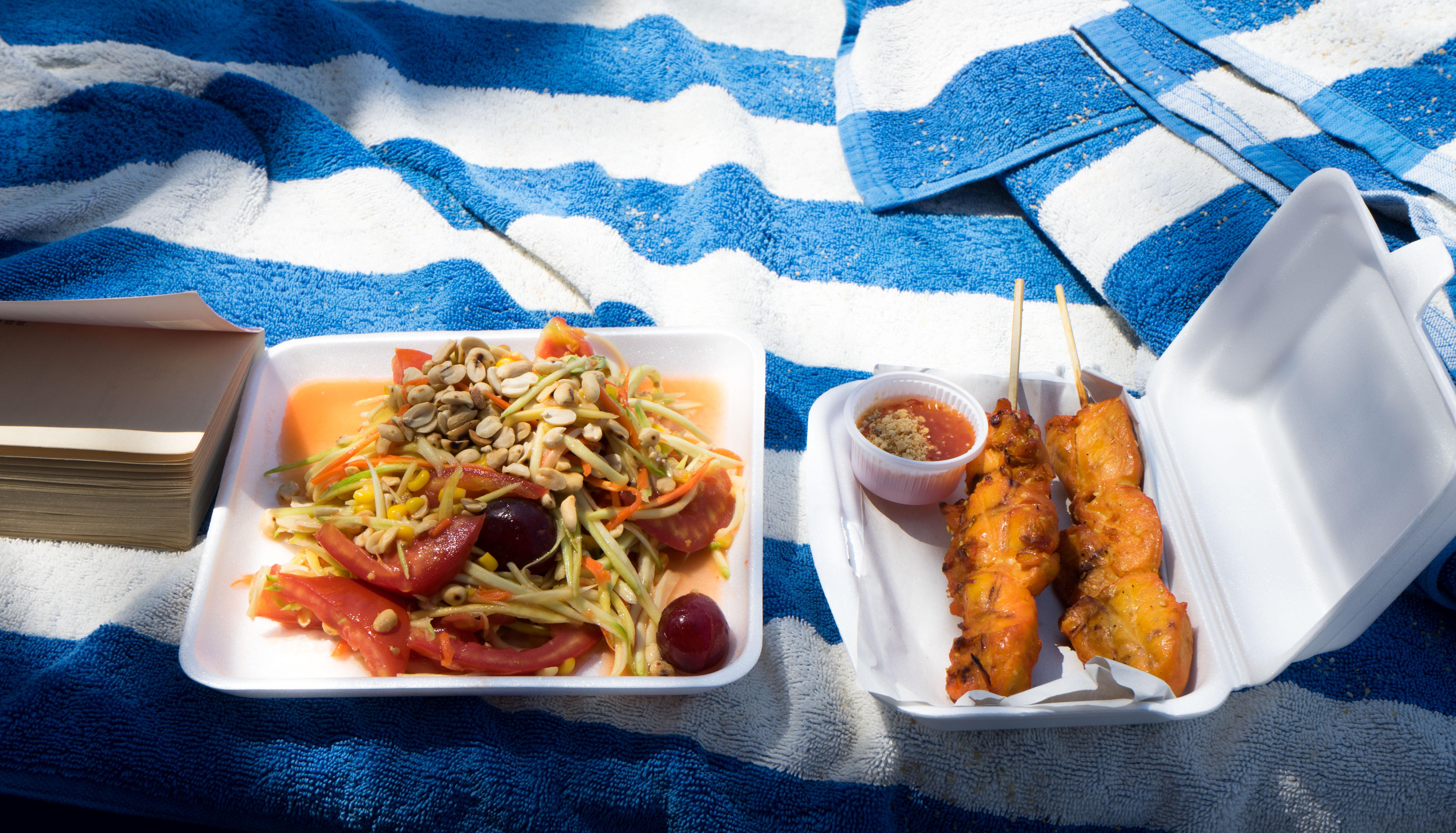 Beach lunch KS
