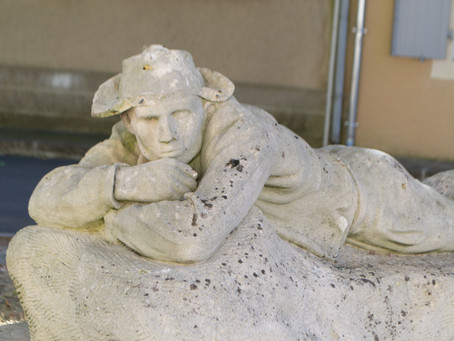 Une statue qui en dit long
