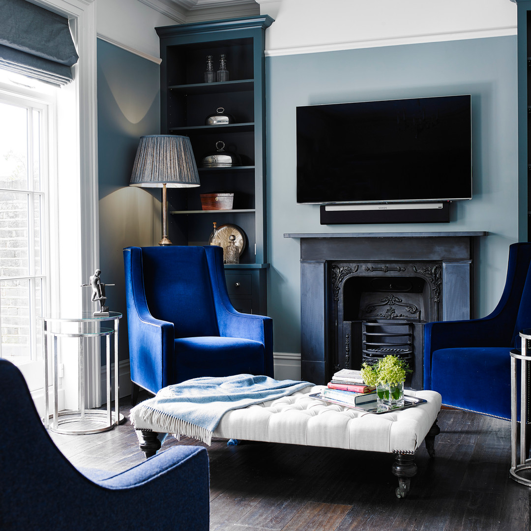 case study blue chair