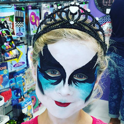Black Swan Face-Painting