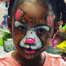 The cutest little leopard 🌺🐆😊