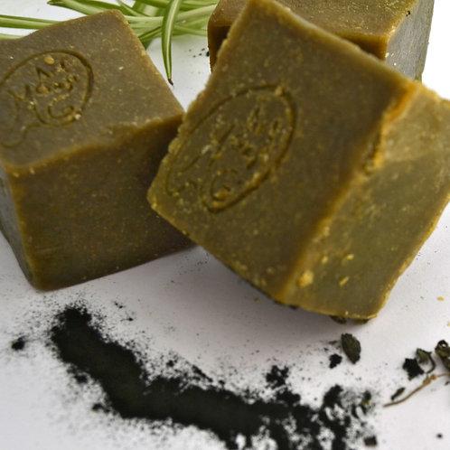 Spirulina, Tea tree and spearmint Shampoo bar