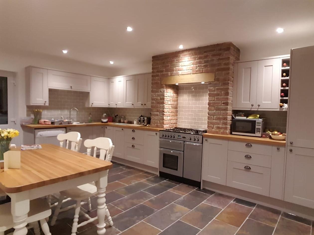 Fake Chimney - Modern Kitchen