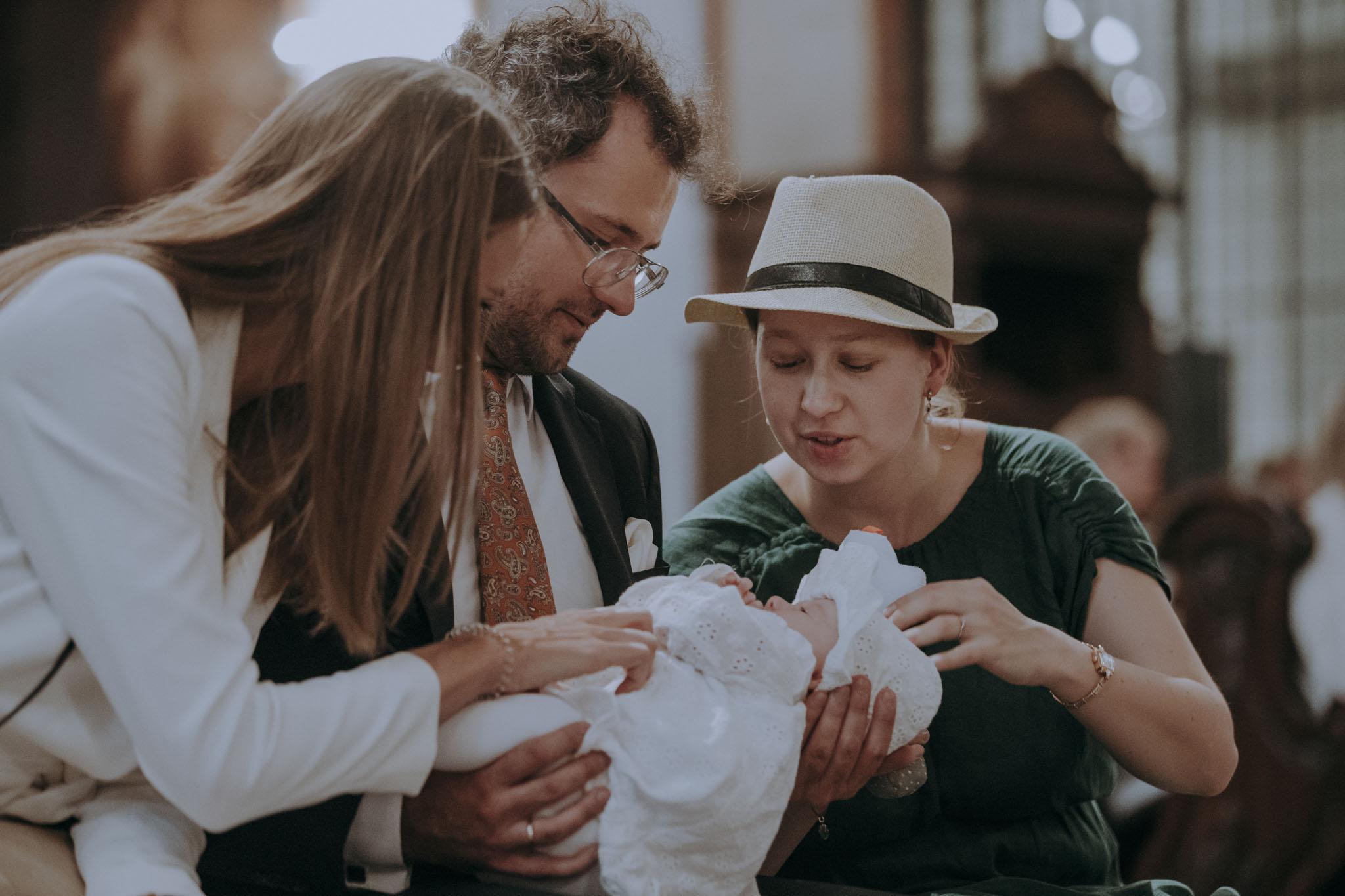 reportaż z chrztu fotograf na chrzest święty Warszawa