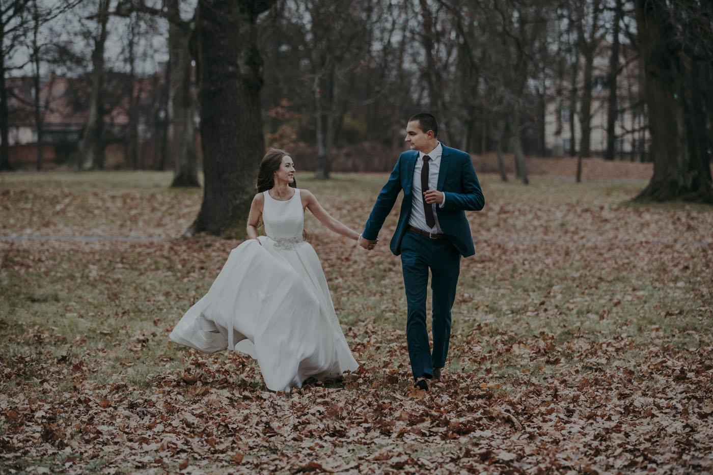 Ogród w Wilanowie zdjęcia ślubne park wilanowski sesja ślubna Wilanów
