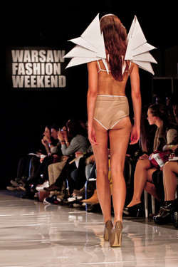 Fashion shows_0003