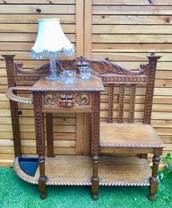 Carved Oak Green man hall stick stand 1880年代