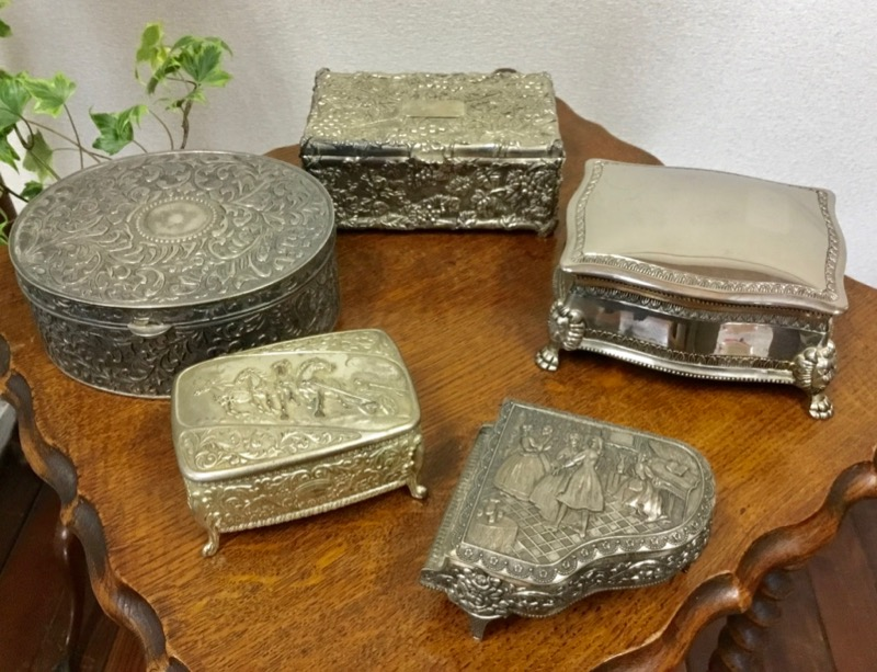Silver-plated Jewelry box